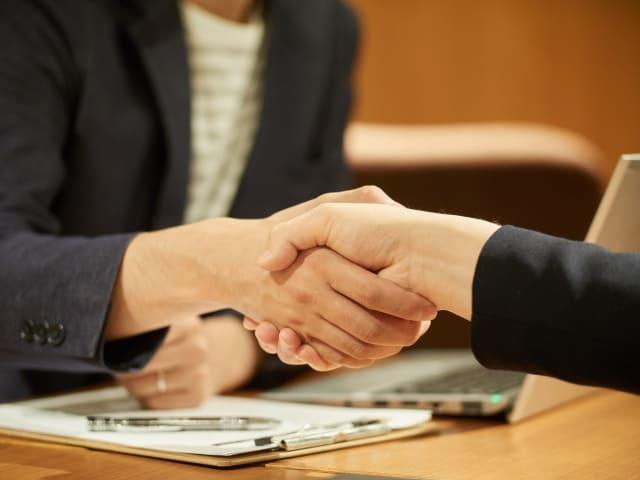 顧問弁護士を探すには税理士に紹介してもらうのも手です